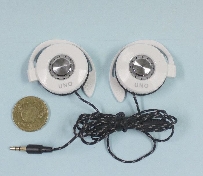 耳掛式耳機..UNO  X-K8
