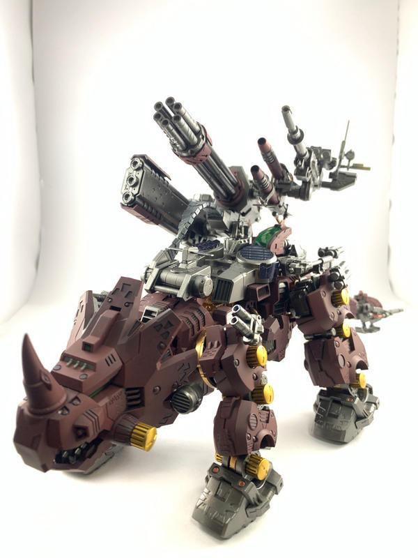 洛伊德 犀牛 組裝完成品