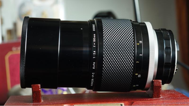 328最佳替身 尼康NIKKOR-P.C 180mm 1:2.8 恆定大光圈鏡頭