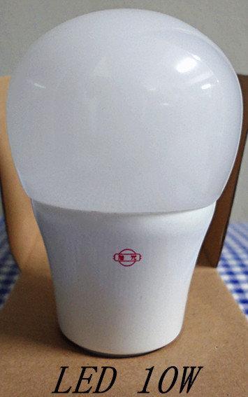 旭光 LED 10W 綠能燈泡 全周光  (可取代鎢絲燈泡60W)有晝光色/燈泡色-【便利網】