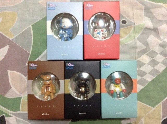 2009年 誠品 Qee Toy2R 跨界玩設計 方文山 李清志 王心慈 Divine Ink 2.5吋 公仔 全套共五隻