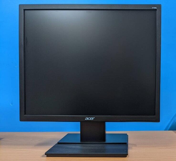 專業電腦量販維修 二手LED背光 19吋5:4螢幕