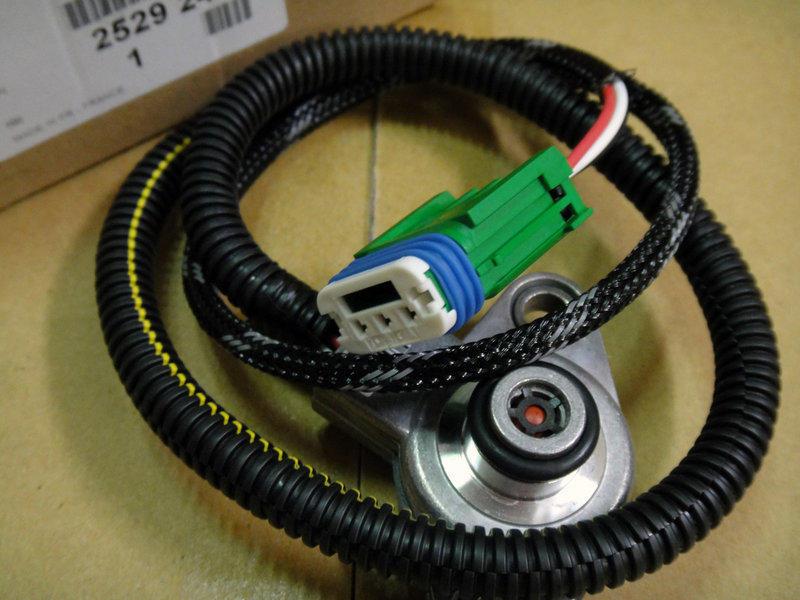 PEUGEOT 寶獅 標誌 206 307 406D9 變速箱壓力感知器【正廠】