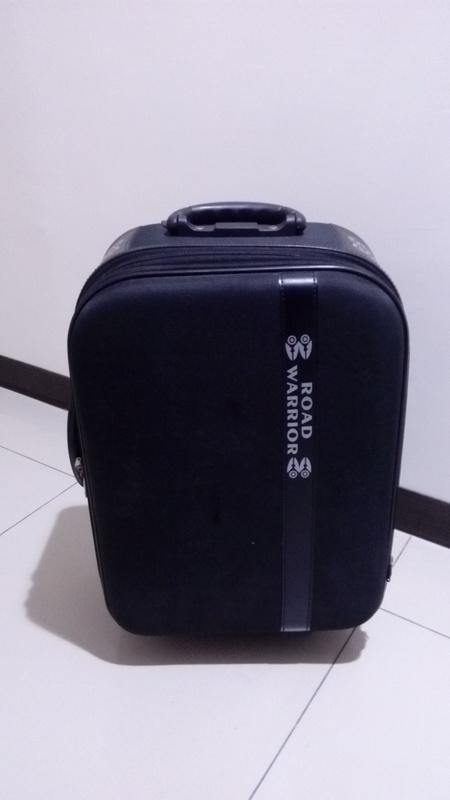 19吋 行李箱 旅行箱 登機箱 黑