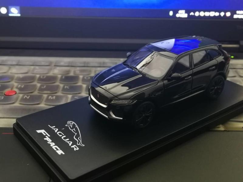 TSM 捷豹 F-Pace SUV 1/43 原廠包装 黑