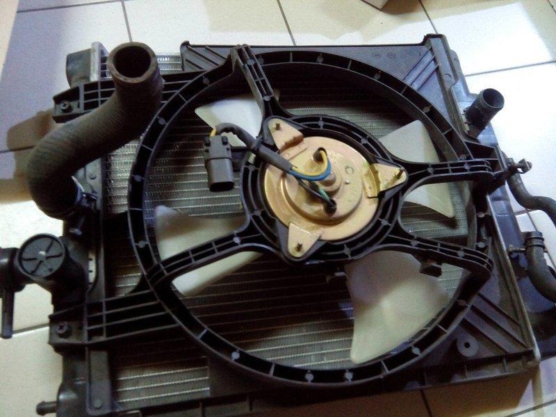 MARCH   零件 拆車件  水箱冷排 風扇 分泵 煞車片 煞車盤   傳動軸   撐竿 升降機等等