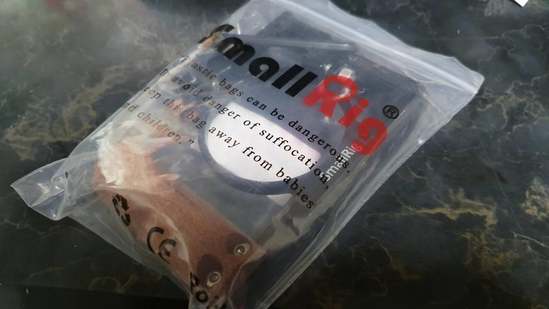 出售 - SmallRig Sony RX100 III IV V M3 M5A M6 專用提籠手把組 2105 兔籠