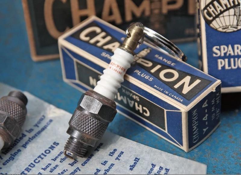 《美式工廠》METALIZE CHAMPION老品火星塞鑰匙圈  harley 883 48