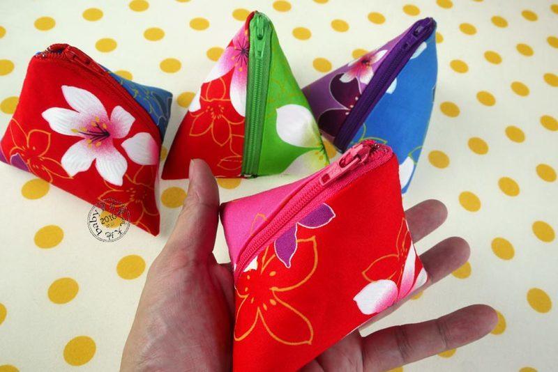 【寶貝童玩天地】【HO062-3】客家花布 粽子零錢包 粽子包 雙色款 台灣製 1個95元 - 神秘款