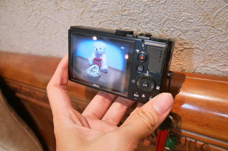 +草莓罐頭+尼康 Nikon Coolpix-P300 類單眼數位相機