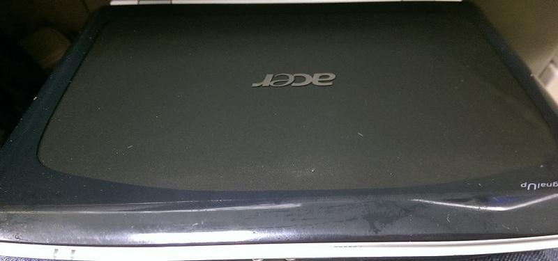 二手ACER 宏碁 Aspire 2920雙核心筆電(初步測試可以開機使用但狀況如圖當測試報帳機)
