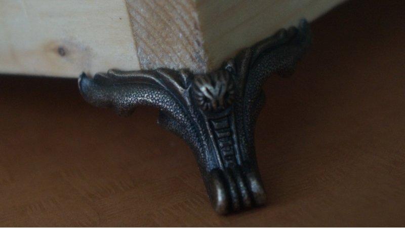 【木作好朋友】54*45 MM (大) 合金腳 小家具櫃腳 木箱腳 蝙蝠底腳 禮盒木盒裝飾底腳固定腳