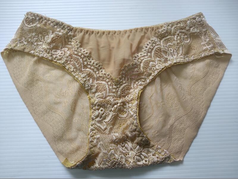 蕾絲絲質款(無痕)內褲 尺寸:XS「Victoria's Secret 維多利亞的秘密品牌」