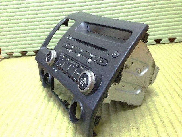 出售2008 Honda Civic 8 原廠CD音響主機