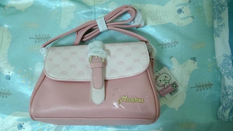 @莓之屋@全新 粉紅色 側背包 ~300元