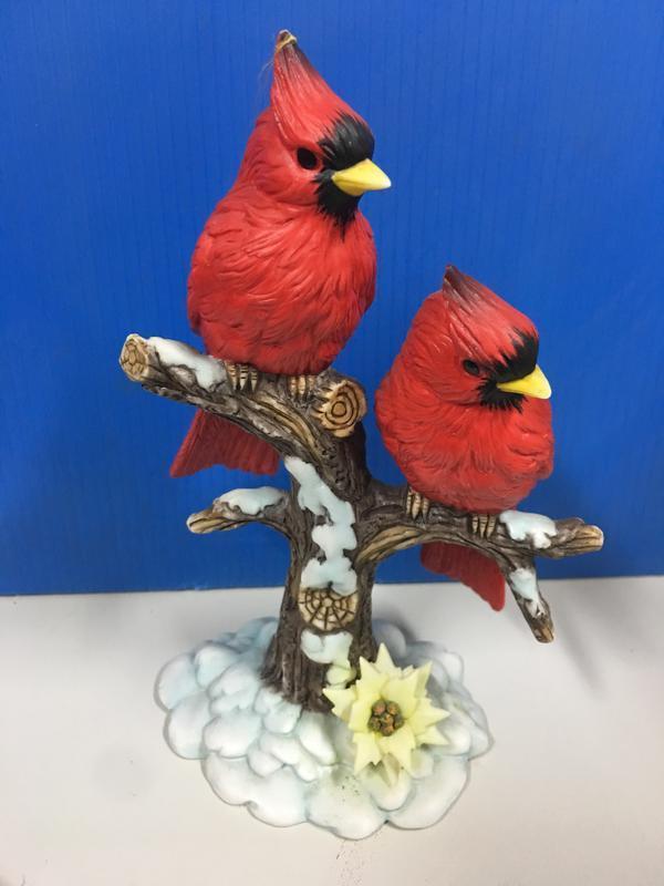 憤怒鳥.北美紅雀.紅衣鳳頭鳥 瓷 高約16公分 A款:雪景樹幹 Angry Birds