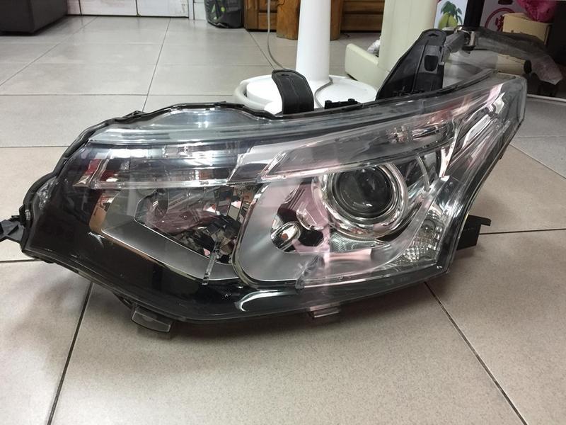 正廠品 三菱 OUTLANDER 15 大燈 左邊 駕駛座邊 頭燈 HID 0 魚眼 安定器