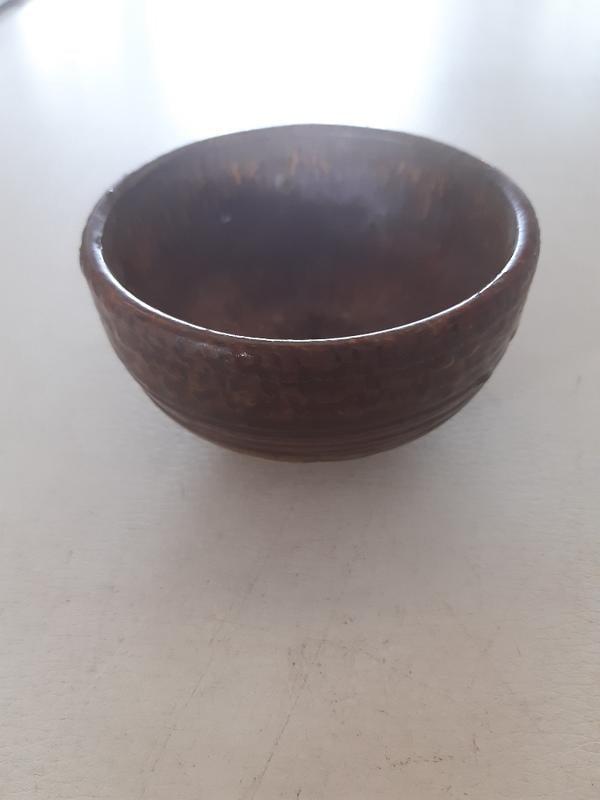 早期釉紅陶杯【落款】