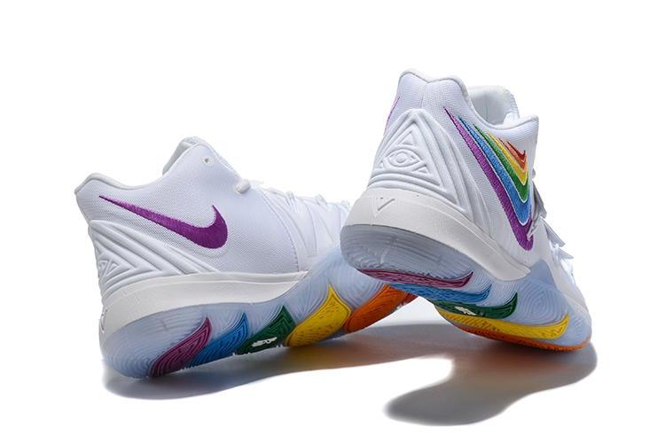 NIKE KYRIE 5 EP 白色 彩色 六彩勾 彩虹 公園阿伯 籃球鞋 (NT1530含運