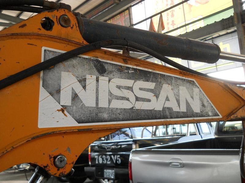 30級 怪手 挖土機  NISSAN N300-2 總重3250KG  山上自用 非工地車.. 小乖乖 01 05 10 15 20 25 30 40 45 50 55 60