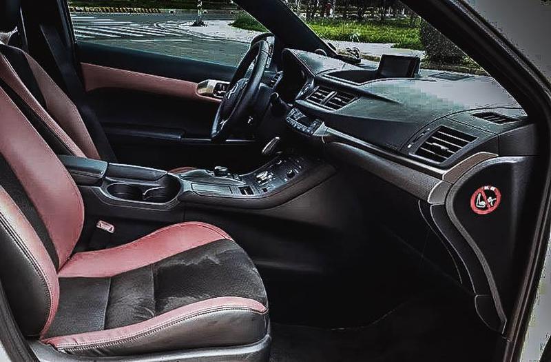 2015Lexus CT200h F-Sport版本