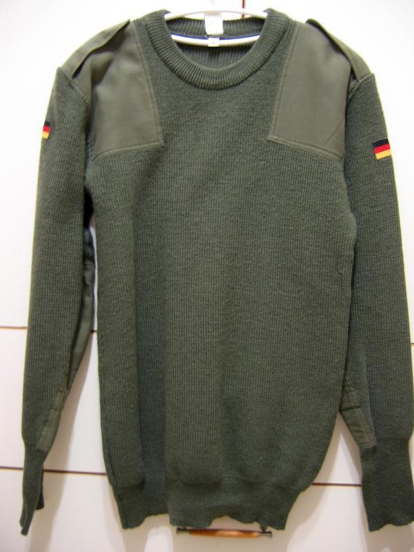 售 德軍軍用套頭毛衣一件(MADE IN GERMANY / R.N.80609) LISS #48