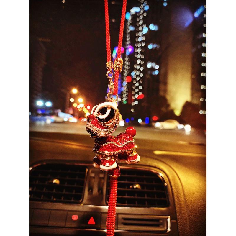 【可愛掛飾】熱賣 中國風舞獅汽車掛件鑲鉆車內裝飾用品招財平安抖音同款網紅女神款