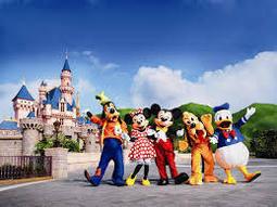 香港迪士尼/好萊屋酒店/海洋公園-買二送一/買三送一四人同行每人只要1800元起