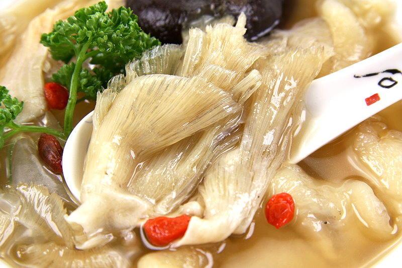 【滋補養生系列】上湯魚翅盅(中排翅)/約300g 真材實料魚翅和香醇鮮饌羹湯融和出美味清燉魚翅盅 在家也能吃到餐聽好味道