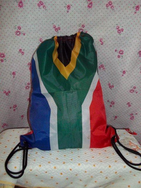 南非國旗圖案。束口後背包。慢跑 FIFA 世足球賽