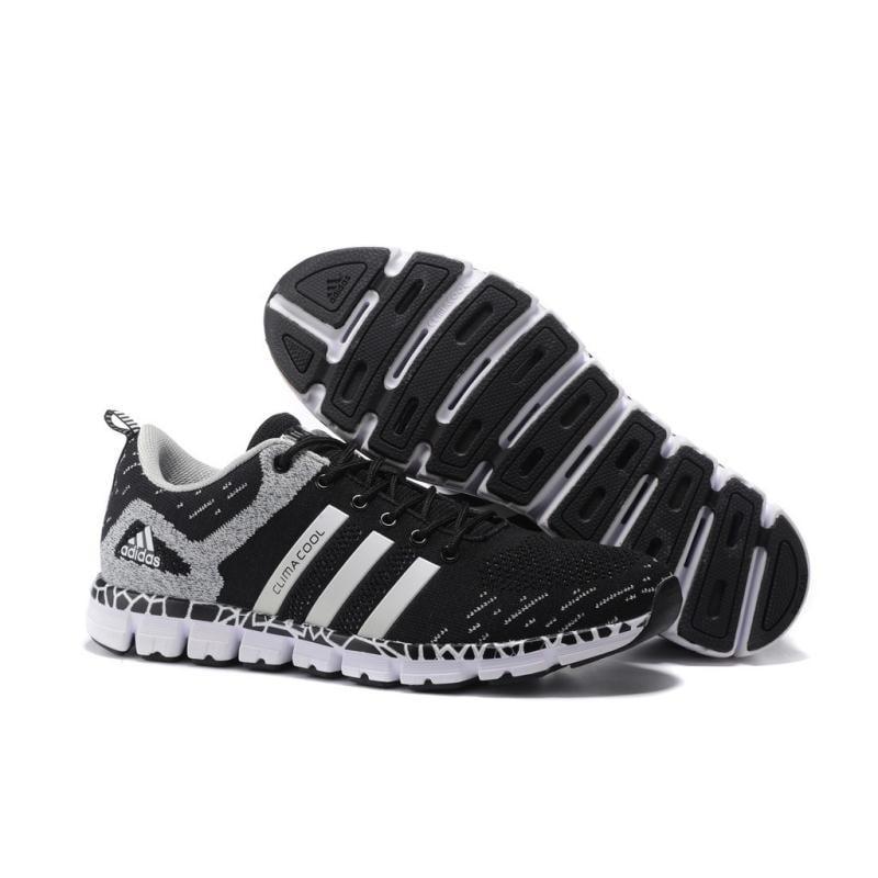 愛迪達 清風毛毛蟲五代 訓練運動跑鞋 adidas休閑情侶鞋 男女鞋S77262 黑銀