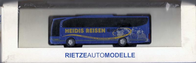 HO 1/87 Rietze 63843 Mercedes-Benz Travego Heidis Reisen (AT