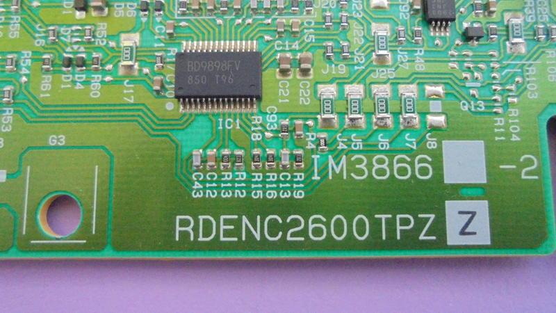 Y TOSHIBA 46RV600G高壓板RDENC2599 2600TPZ