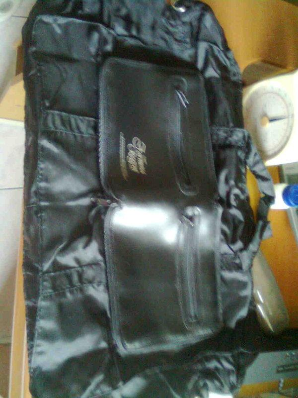 可折疊 收納 輕便型 行李袋賣50