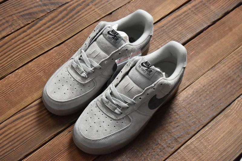 2afc73a3830 衛冕冠軍低幫Reigning Champ x Nike Air Force 1 Low AA1117-118 - 露天拍賣