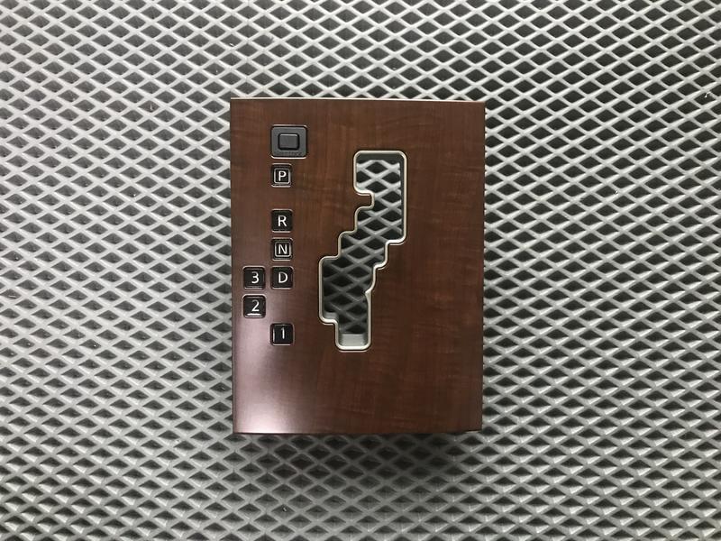 NISSAN TEANA J31排檔桿飾板 (07後暗核木色)