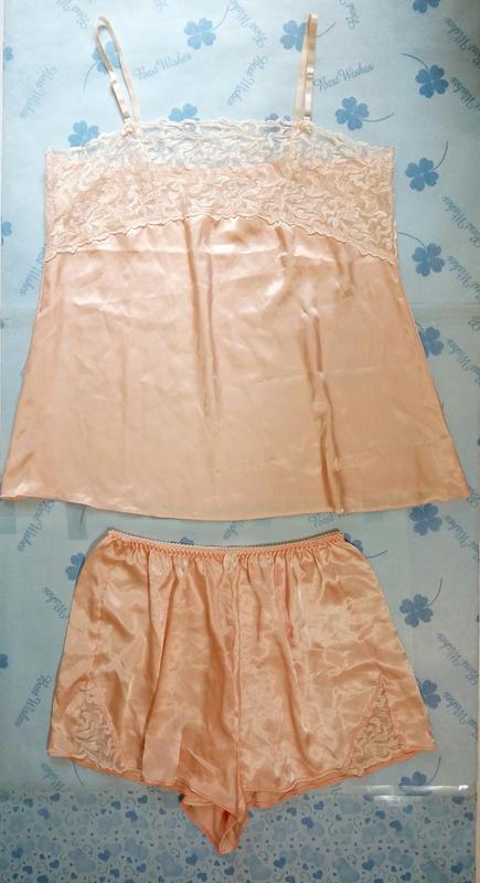 粉膚色緞面睡衣褲組