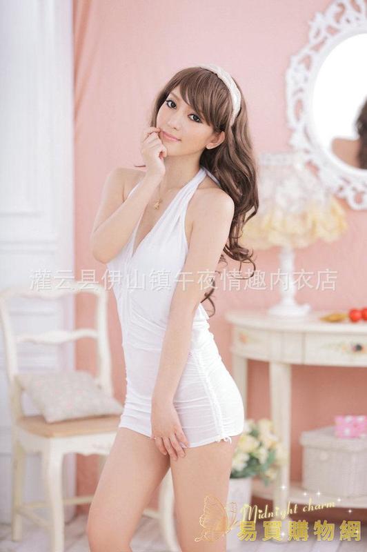 易買購物網-情趣三點式午夜魅力 情趣內衣 性感內衣歐美睡衣 掛脖 睡裙加大碼W02