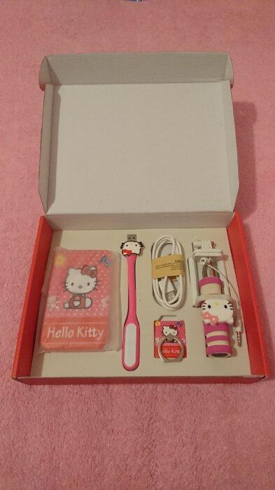 ❀甜心棧❀Hello Kitty(KT)行動電源 自拍棒禮盒套組 #出清雜物#