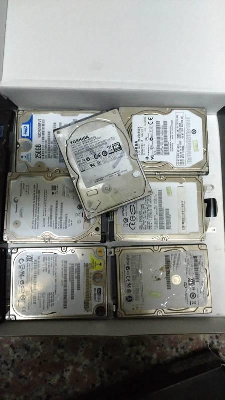 200G  2.5吋筆電硬碟