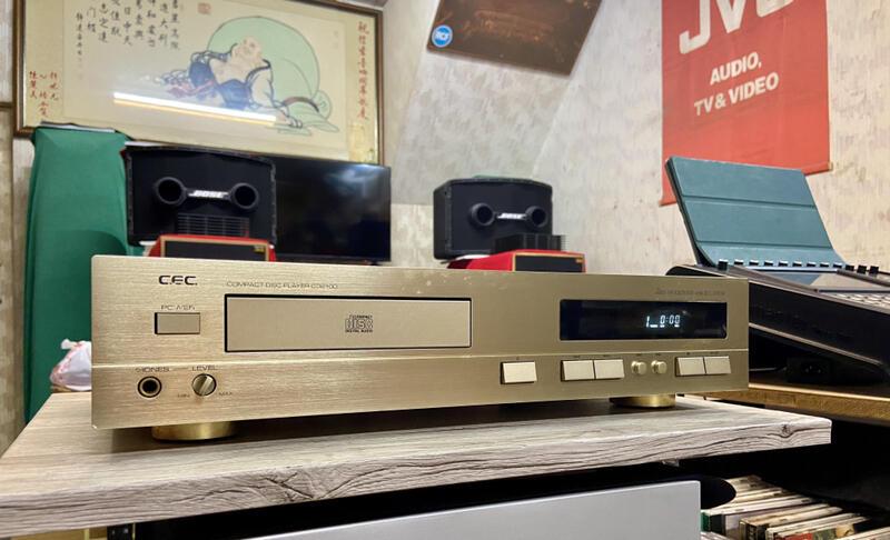 信宏音響 日本製 CEC CD 2100 CD PLAYER