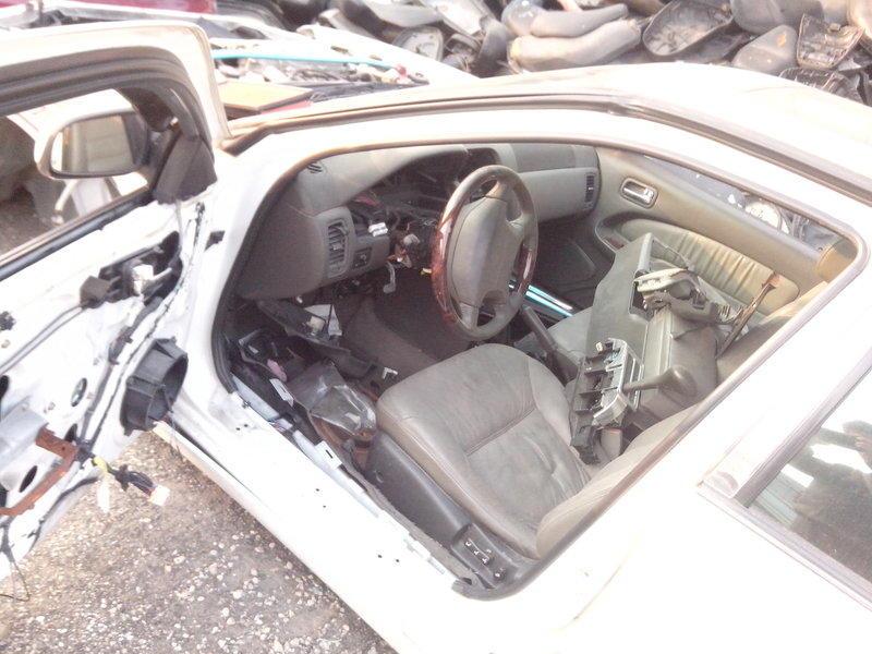 CEFIRO _A32_天窗_3.0_2.0_全車拆賣_方向盤_平衡桿_拉桿_電動後視鏡_照後鏡_變速箱_皮椅_中央扶手_電動椅_排檔桿_安全氣囊_面板