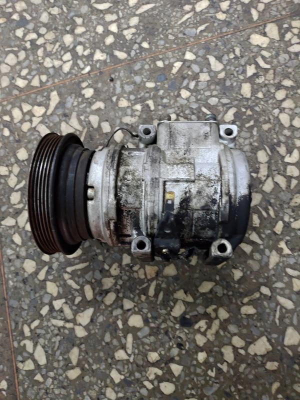 TOYOTA 豐田 Camry 冠美麗 2.2 冷氣壓縮機  壓縮機二手 中古( 插頭) 請看商品說明
