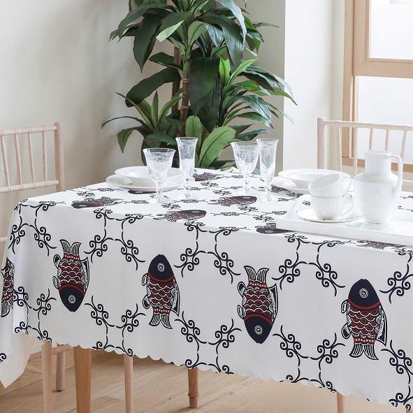 年年有魚防水桌巾 桌布 蛋捲桌 餐桌布 野餐墊(150*100) 現貨
