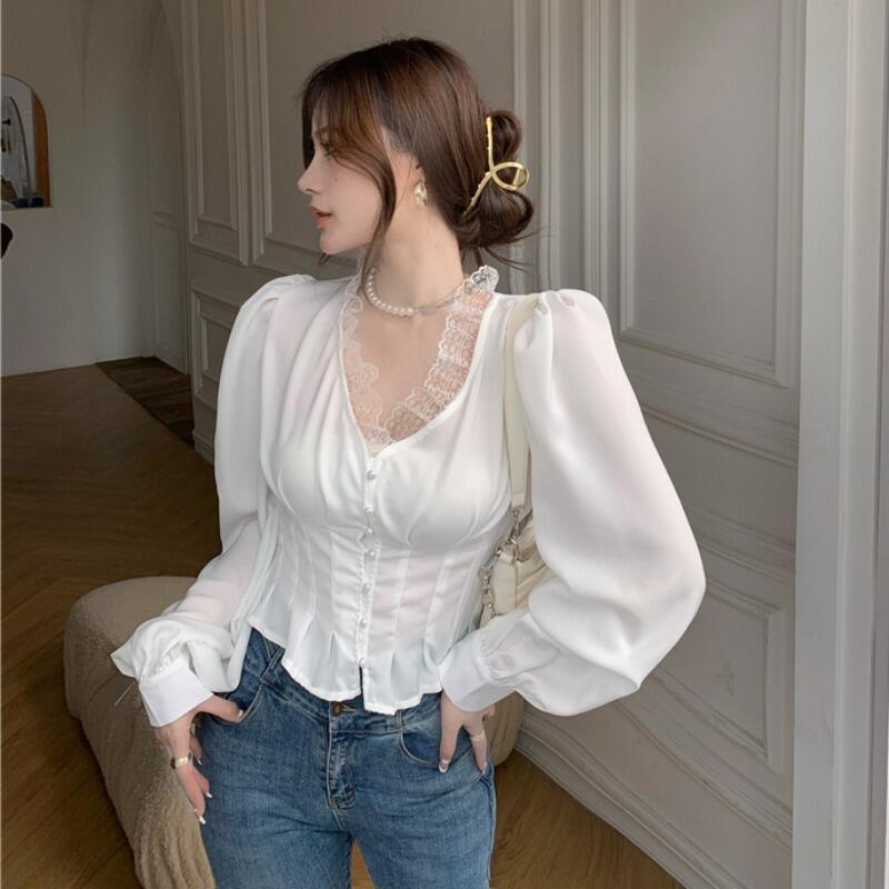 娜娜2021年新款春夏法式氣質宮廷風設計感蕾絲性感長袖襯衫小眾上衣女