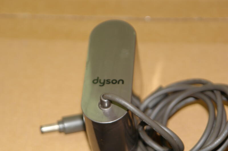 二手 dyson 原廠 圓頭 電池充電器 適用DC58 DC59 DC61 DC62 DC74 V6 V7 V8