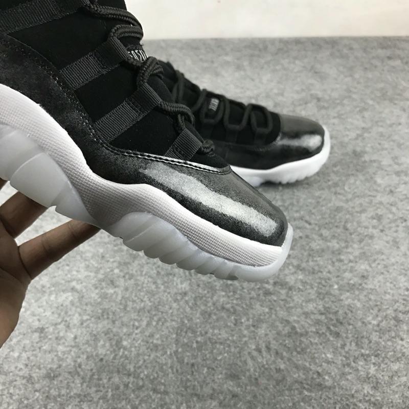Air Jordan 11 low barons 喬丹AJ11 伯爵 真碳低筒男子運動籃球鞋 黑银 528895 010