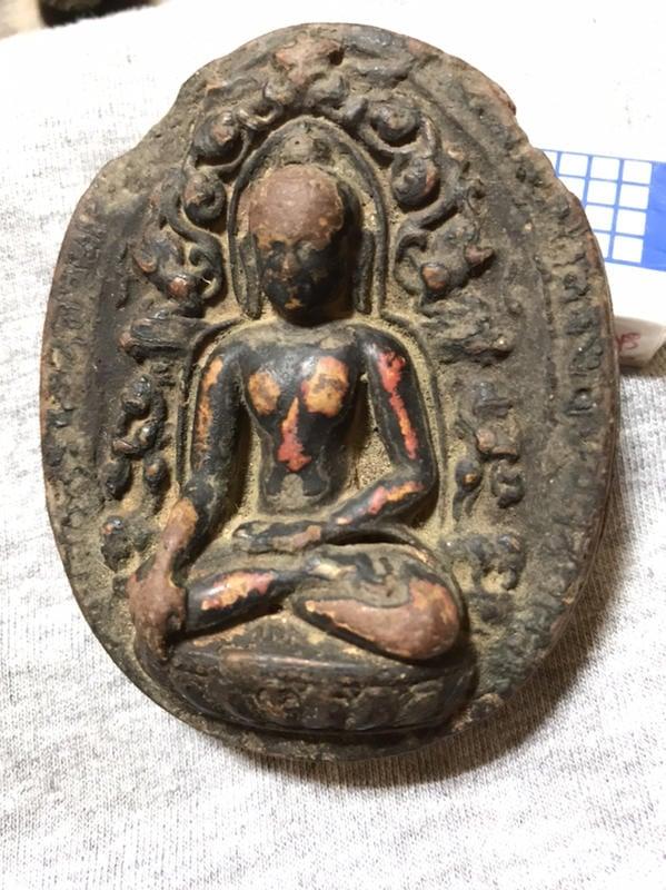 16世紀西藏泥塑擦擦佛像 老天珠
