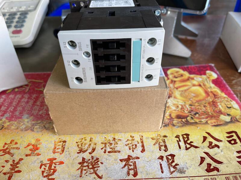 SIEMENS 3RT1035-1AG20 西門子電磁接觸器 110V 全新清倉品