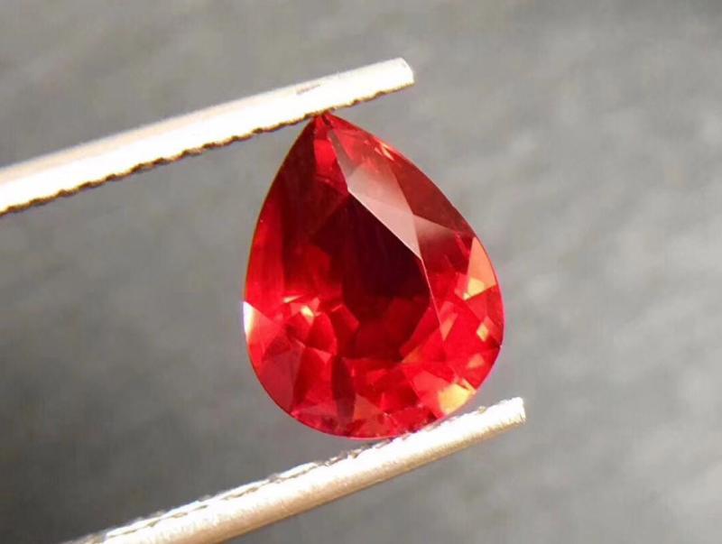 10x12mm 未加熱天然狀況良好 頂級血紅 紅寶石梨 5.28cts aaa+寶石